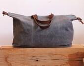 Waxed Canvas Weekend Getaway Bag Grey