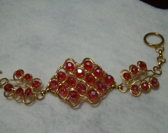 700C,Handmade  Wire Crochet Bracelet with Red Crystal Beads