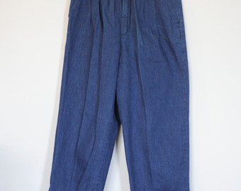 vintage high waisted jeans by candies with belt and straight legs