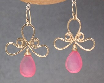 Hammered swirl shapes with choice of gemstone Nouveau 48