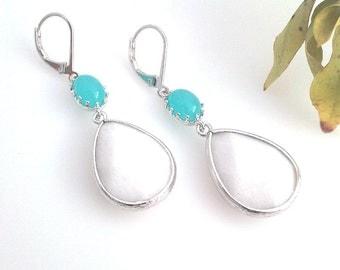 White Summer Wedding earrings, Mint Drop Earrings, bridesmaid gifts,Wedding jewelry, Dangle Earrings, Statement Earrings, summer earrings