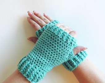 Aqua Mittens.Crochet Mittens. Fingerless Gloves. Texting Mittens. Driving Gloves. Mint Green Wrist Warmers. Womens Gloves Winter Accessories