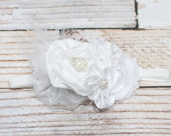 Freshly Fallen Snow - headband in white with feathers pearls and diamonds