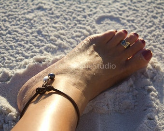 Pearl Anklet - ankle bracelet - perl leather anklet bracelet - pearl leather jewelry -leather pearl collection