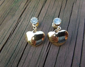 AVON Birthstone Heart Earrings.  Gold tone, Simulated Diamond, April, Post Style, Signed, Excellent Condition.