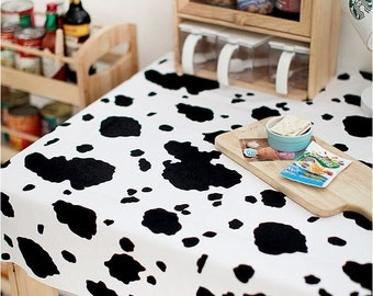 """Oxford Cotton Cow Print - By the Yard (44 x 36"""") 51688"""