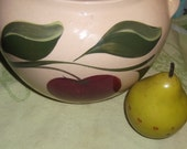 Vintage Watts apple bean pot no lid in good condition