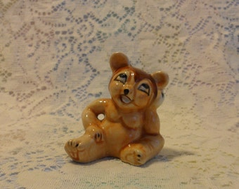 Teddy Bear Salt or Pepper Shaker Single Sitting and Daydreaming 1950s hand painted collectible