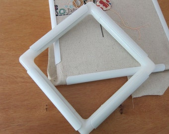 """11""""x11"""" Q-Snap Needlework Frame for Embroidery, Cross Stitch, Quilting, Beading, Fabric Painting"""