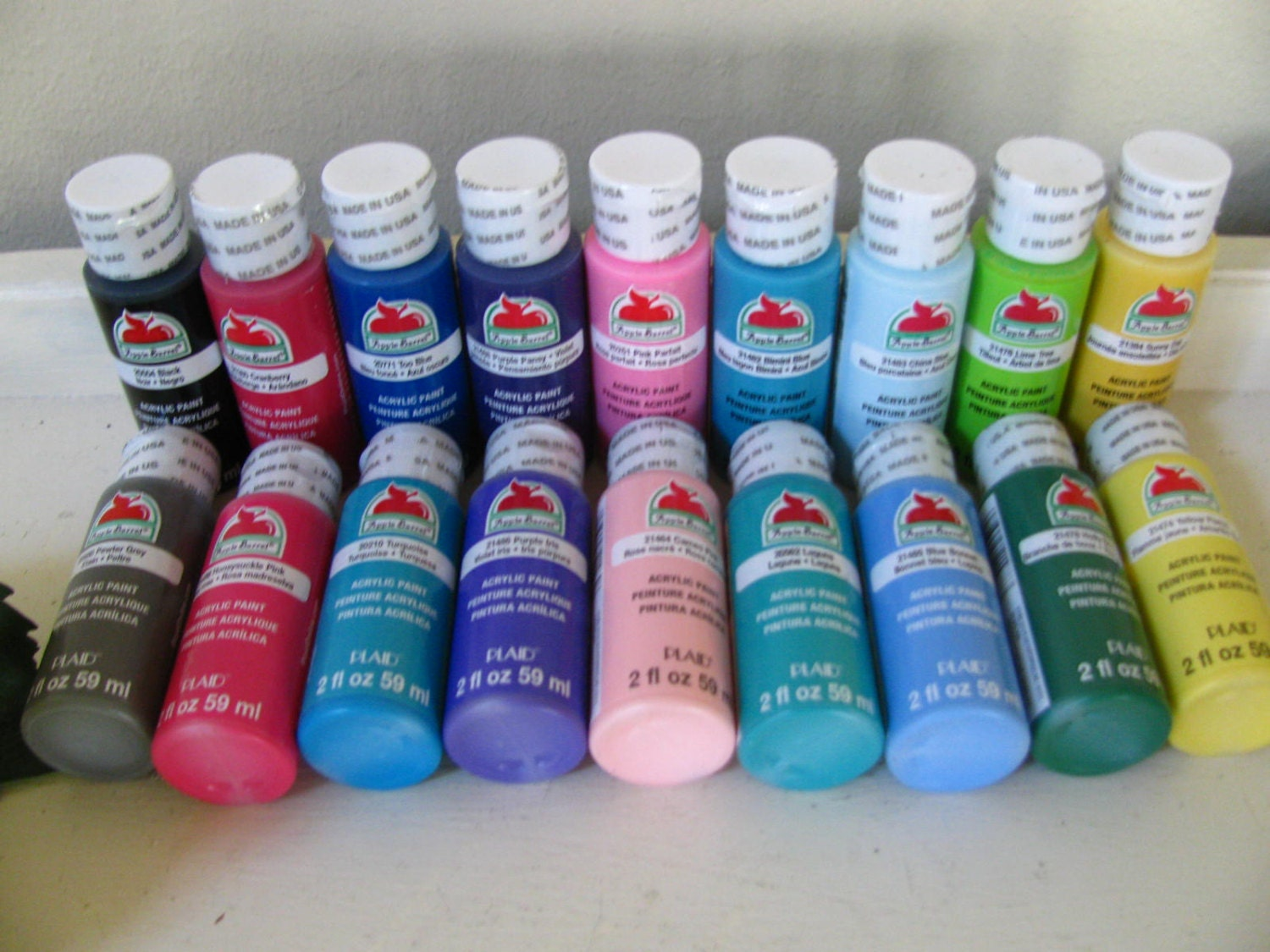 18 bottles apple barrel acrylic paint 2oz best by vintageabcs for How to paint bottles with acrylic