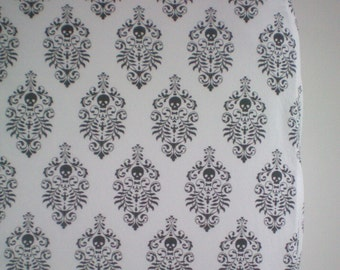 Fitted Crib Sheet in Skull Damask