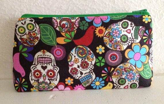 Small Cosmetic Bag - Flowery Skulls