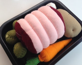 Pretend Play Felt Food Roast Dinner Set with Vegetables & Roasting Tin