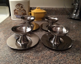 Vintage Set Of 4 Polished Steel Mid-Century Modern Style Italian Dessert Cups And Saucers STO Casalinghi Inox