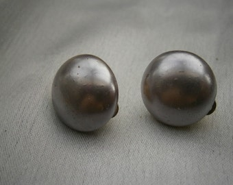 Lilac Faux Pearl Button Clip-on Earrings