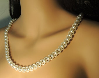Cultured Pearls and Fresh Water Pearl Necklace Woven