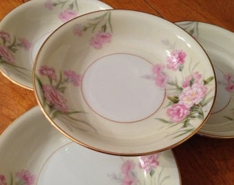 "Noritake ""Mystery #1"" - Set of Four Dessert Bowls"