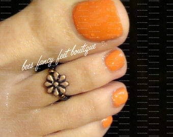 Toe Ring - Copper - Metal Daisy Flower - Stretch Bead Toe Ring