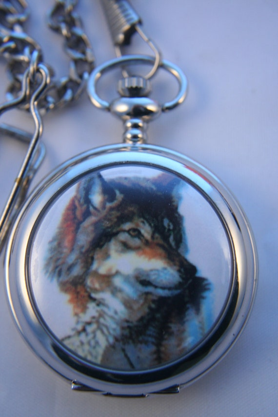Free Shipping Beautiful Wolf Quartz Pocket Watch by Classic Easy Wolf Head Drawing