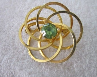Vintage Gold tone Ribbon Brooch With Solitaire Green Rhinestone