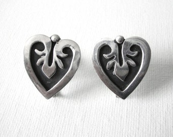 Vintage Maricela Taxco Sterling Silver Heart Earrings With Screw Back Closure