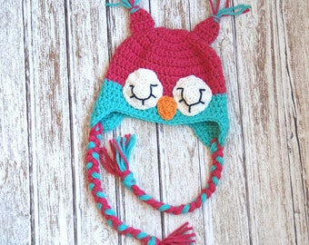 Sleepy owl crochet hat for girls in pink and turquoise
