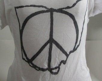 Women's Medium Ohio Peace Shirt