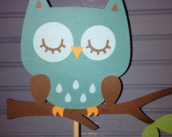 Happy Day Owl Centerpiece