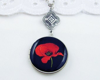 Poppy Locket, Red Poppy Silver Locket, Silver Tone Picture Locket, Holiday Gift For Her.