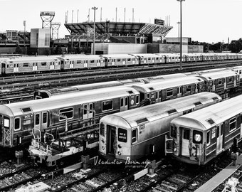 New York Photography - #7 Line Train. Black and White Photograph. Queens, New York - 8x10 photo