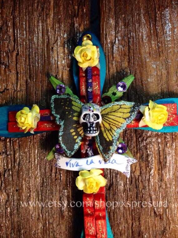 Day-of-the-Dead Cross / Dia de los Muertos Butterfly / Folk Art Wooden Clothespin Crucifix / Skeleton / Calaca / Wall Decoration / Magnet