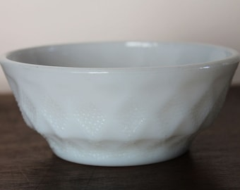 White Kimberly bowl by Fire King