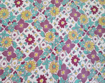 Vintage Cotton Feedsack Fabric Quilting Lavender Floral  20 x 13