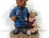 Musical Police Bear, Vintage, Music Box Plays I Want to Hold Your Hand IT293 BC1 DeAnnasAttic