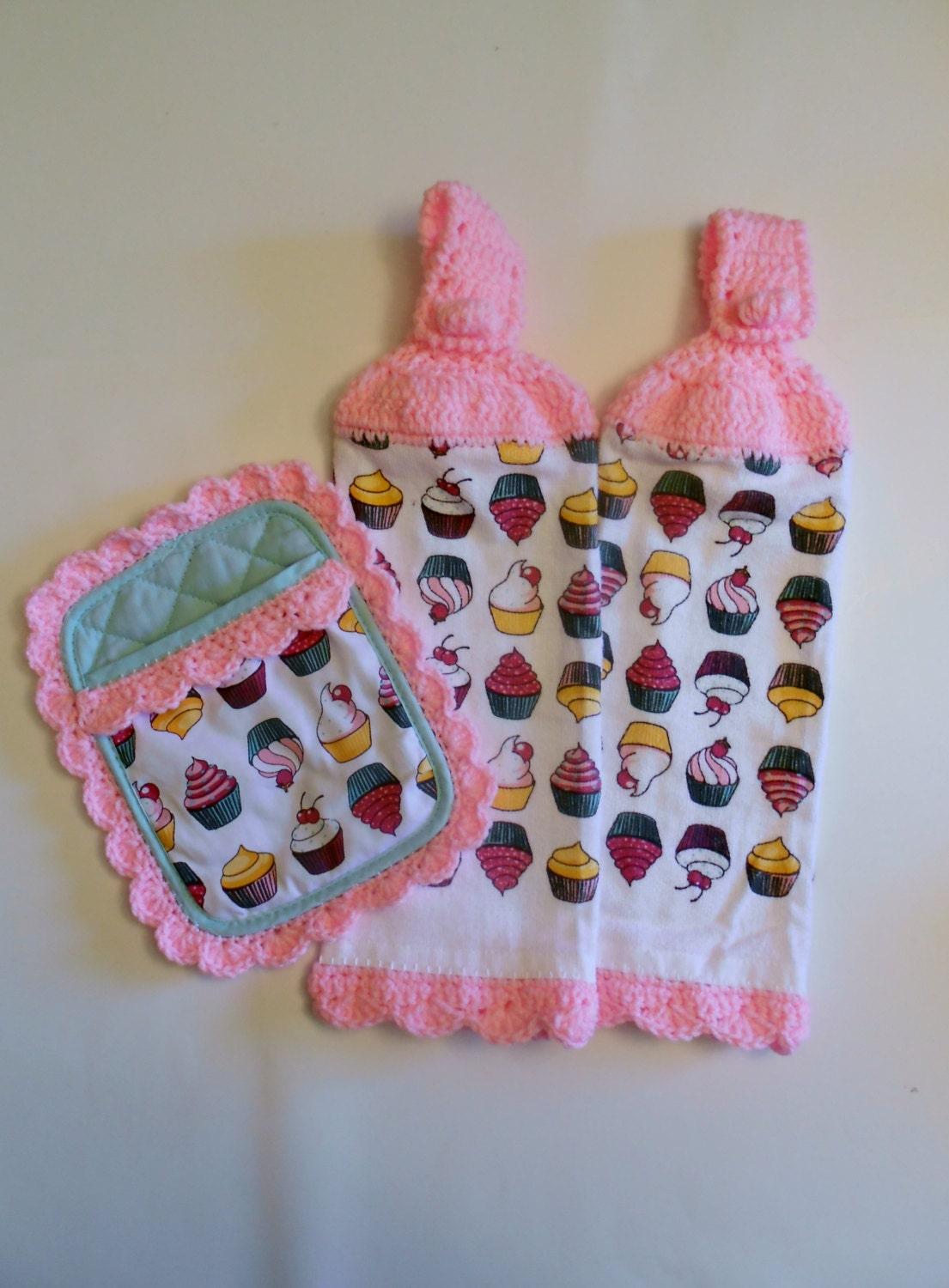 cupcake kitchen accessories decor cupcake kitchen decor hanging towels pot holder retro 6323