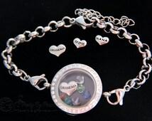 Mother's day gift idea - Mom or Grandmother Bracelet Glass Memory Locket w floating birthstones for her kids or grandchildren