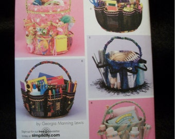 Simplicity 4232 Bucket Covers for five gallon plastic buckets