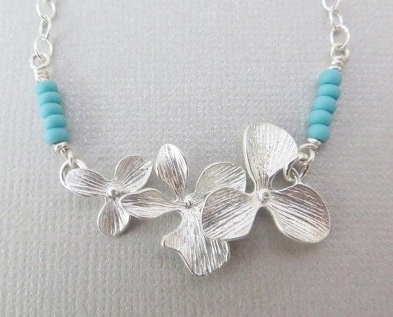 articles similaires bijoux des demoiselles d 39 honneur orchid e bracelet bracelet fleur. Black Bedroom Furniture Sets. Home Design Ideas
