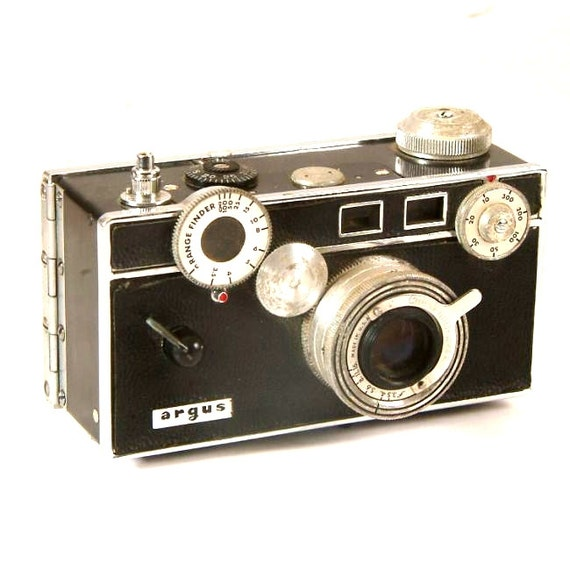 Vintage Rangefinder Camera 93