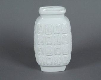 Vintage White vase organic pattern