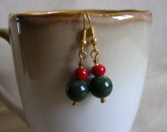 Christmas Colors - dangling pierced earrings