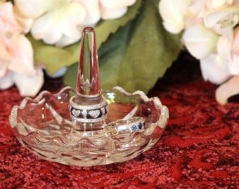 Crystal Ring Dish - Scalloped Edge Crystal Jewelry Tray - Ring Stand