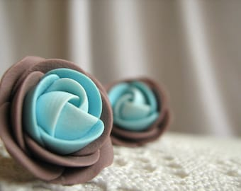 Polymer clay earrings - Brown and turquoise rose flower stud earrings