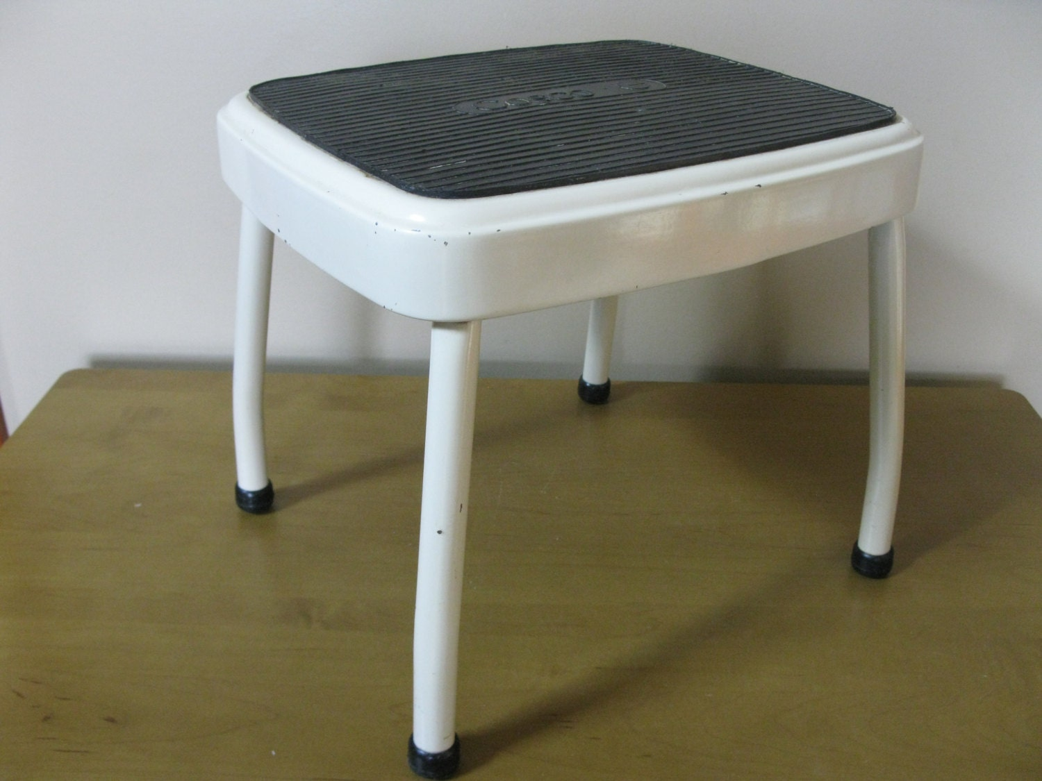 Nice Cosco Step Stool Mid Century White With Chrome Legs