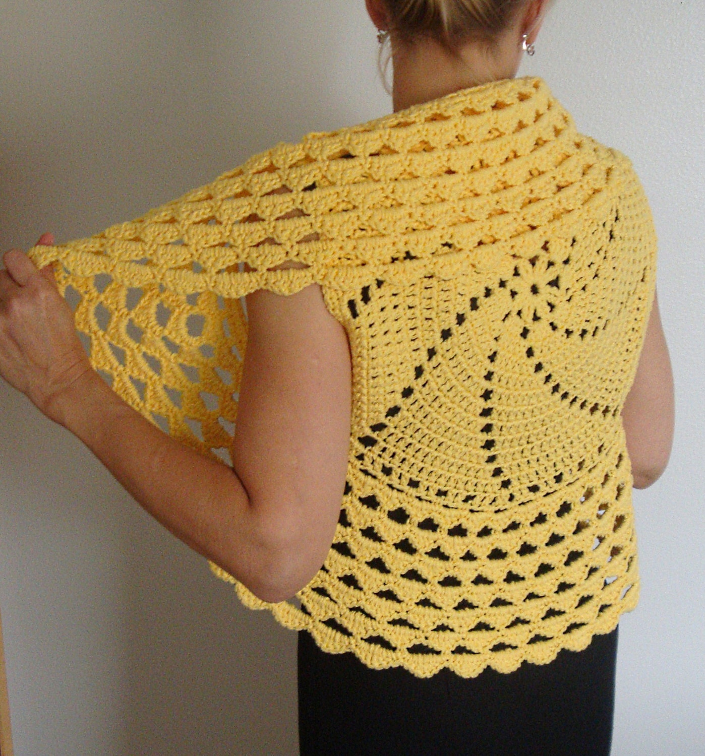 Crochet Patterns Circle : Crochet Pattern Circle Vest / Shrug PDF Digital Crochet