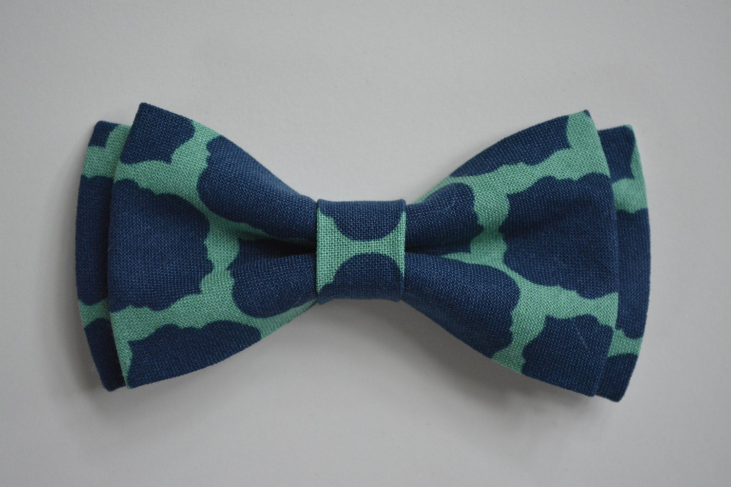 Green Bow Ties Orange Bow Ties Pink Bow Ties Purple Bow Ties Red Bow Ties Navy Blue Bow Tie. $ Goose Bow Tie. $ Yakima Bow Tie. $ $ Bora Bora Bow Tie. $ Throughout the years, bow ties have become increasingly popular, with men and women using this trendy neckwear as a tool for self-expression.