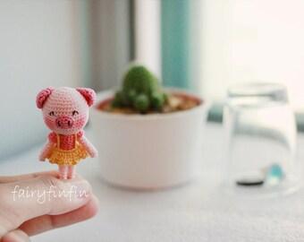 Crochet Tiny Pig doll