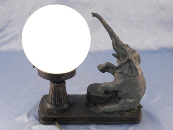 Art Deco NuArt Design Hot Cast Bronze Lamp Solid BRONZE