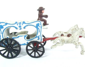 Die Cast Circus Wagon, Antique Toy, Cast Iron Toy, Vintage Toy,
