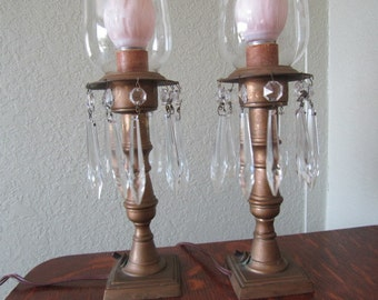 Vintage lamp with hanging crystals, Glass Globes, Brass lamp, Victorian lamp, crystals